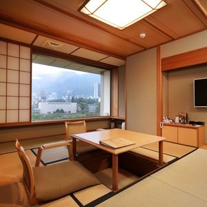 Park Side View Japanese Deluxe Suite